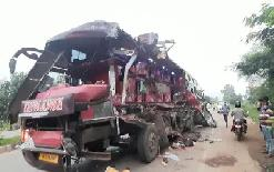 sirjannews7+workers+killed%2C+many+injured+in+a+fierce+road+accident%2C+bus+and+truck+collision+in+the+capital