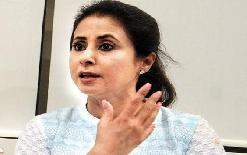 sirjannewsUrmila+Matondkar+targeted+Kangana+Ranaut%2C+said+Himachal+is+a+stronghold+of+drugs%2C+they+should+start+fighting+there
